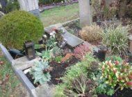 POL-KLE: Kleve - Unbekannte verwüsten Grab / Witwer setzt Belohnung in Höhe von 500 Euro aus