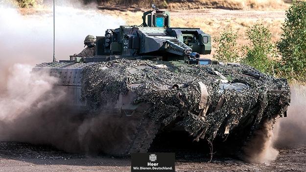 """Einführung des Schützenpanzers """"Puma"""" beim Panzergrenadierbataillon 212 in Augustdorf"""