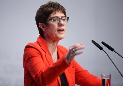 Emnid: Union springt auf 31 Prozent