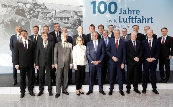 100 Jahre zivile Luftfahrt in Deutschland / Chefs des deutschen Luftverkehrs versammeln sich am Jubiläumstag