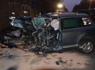 POL-STD: 40-jähriger Autofahrer bei Verkehrsunfall auf der Bundesstraße 73 an der Kreisgrenze tödlich verletzt