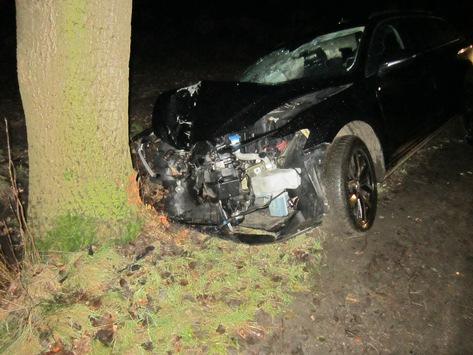 POL-ROW: Vandalismus an Bundesstraße  Trunkenheitsfahrt mit Folgen Brand einer Doppelhaushälfte Unfall unter Einfluss von Alkohol und Kokain