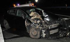 POL-HX: Unfall mit drei beschädigten Autos und zwei Verletzten