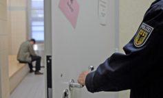 Bundespolizeidirektion München: Nach Trunkenheitsfahrt: Mitfahrer schwer verletzt - Bundespolizei bringt Ungarn in Auslieferungshaft