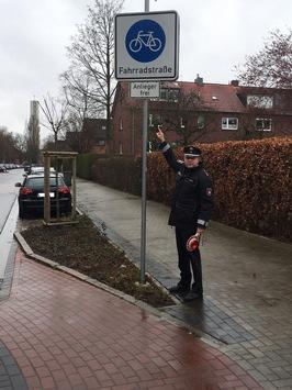 POL-WHV: Polizeiinspektion Wilhelmshaven/Friesland klärt über die Besonderheiten der Fahrradstraße auf