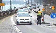 Bundespolizeidirektion München: Mehrere gefälschte Papiere entlarvt - Bundespolizei nimmt auf Autobahnen und Staatsstraße mutmaßliche Urkundenfälscher fest
