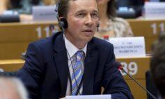 "Bernd Lucke (LKR): ""Neues EU-Pfandbriefgesetz kann zusätzliche Investoren anlocken."""