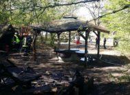 POL-STD: Grillhütten im Nottensdorfer Freizeitpark abgebrannt