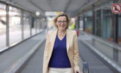 Flughafen Stuttgart: Lufttaxis, Fernbahnhof und Fitnesscenter? / Dr. Arina Freitag, Geschäftsführerin des Flughafens Stuttgart im Interview mit Porsche Consulting