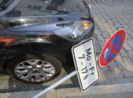 POL-Bremerhaven: Verkehrsschild umgeweht