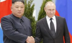 Kim und Putin kommen zum Handshake zusammen
