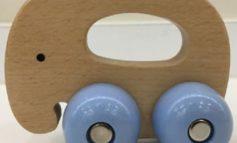 """Lidl Deutschland warnt vor der weiteren Verwendung des Artikels """"Holzgreifling"""" der Marke """"Playtive junior"""" mit der IAN 304083 und der Modellnummer HG04414 (Version 11/2018)"""