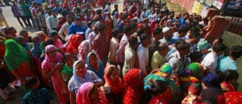 Marathon-Wahl in Indien vorbei