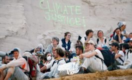 Klima-Aktivisten besetzen Braunkohle-Tagbau