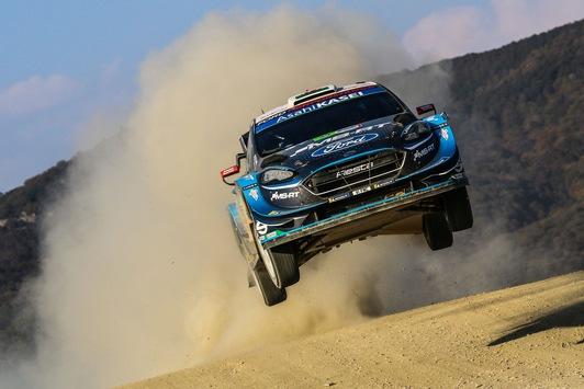 Das Rennen vor der Rallye: M-Sport Ford präpariert Fiesta WRC in Windeseile für WM-Lauf auf Sardinien