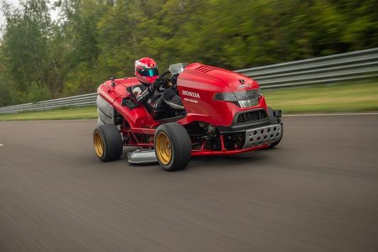 Honda baut beschleunigungsstärksten Rasenmäher der Welt / Mean Mower V2 mit neuem Weltrekord