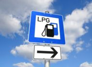 Sommerurlaub: mit Autogas günstig mobil / Beim Auslandsurlaub an passenden Tankadapter denken