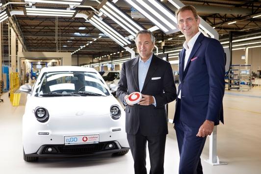 Ans Netz gegangen: Deutschlands digitales Automobilwerk / e.GO, Vodafone und Ericsson starten mobile Datenvernetzung in der Produktion