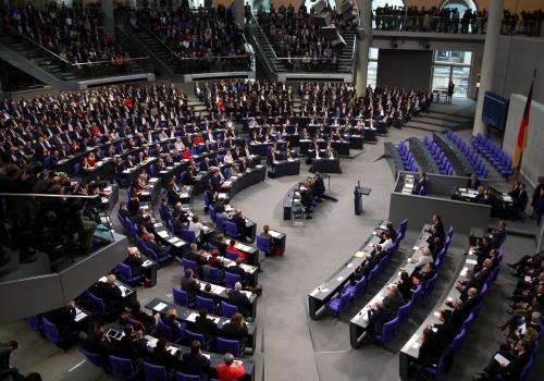 Über 80 Prozent der Bundestagsabgeordneten haben Hochschulabschluss