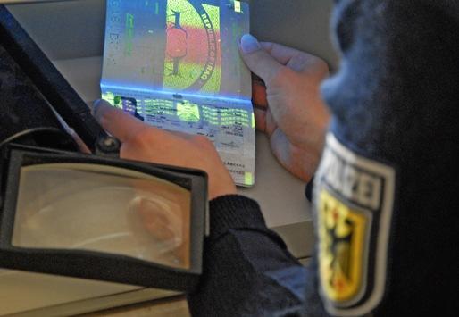 Bundespolizeidirektion München: Bundespolizei registriert am Wochenende 40 unerlaubte Einreisen – Syrer gibt sich als Ungar aus