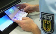 Bundespolizeidirektion München: Urkundenfälschung und Ausweismissbrauch - Schwindel bei Grenzkontrollen entdeckt