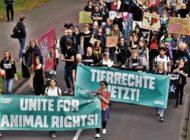 Für Tierrechte: Tausende Demonstranten ziehen am Wochenende durch Berlin