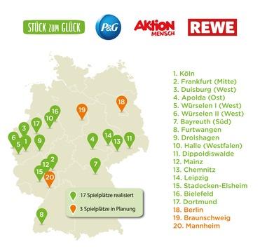 """Halbzeitbilanz der Spendenaktion """"Stück zum Glück"""": Schon 17 inklusive Spielplatzprojekte wurden deutschlandweit umgesetzt / """"Stück zum Glück"""" baut bundesweit inklusive Spielplätze"""