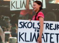 Greta Thunberg spricht, Zehntausende kommen