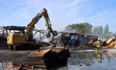 FF Bad Salzuflen: Update: Gebäude in Schötmar brennt vollständig nieder