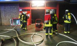 Feuerwehr Kalkar: Gebäudebrand in Kalkar Einsatz der Stadtwehr Kalkar