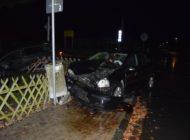 POL-NI: Verkehrsunfall mit zwei leicht verletzten Personen und hohem Sachschaden