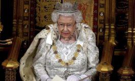 Königin Elizabeth eröffnet Parlament neu