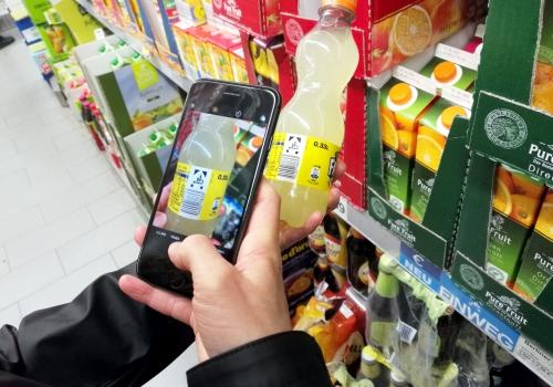 Supermärkte setzen mehr Handscanner zum Bezahlen ein