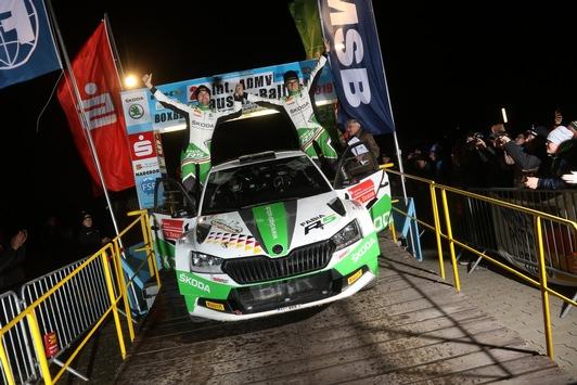 Perfektes Saisonfinale: SKODA AUTO Deutschland Pilot Kreim siegt erneut bei Deutschlands wichtigster Schotter-Rallye
