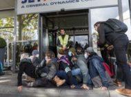 Aktivisten blockierten Flughafenterminal für Privatjets