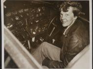 """Rätsel um berühmte Flugpionierin gelüftet? National Geographic präsentiert die Dokumentation """"Amelia Earhart - Suche nach einer Legende"""" am 24. November"""