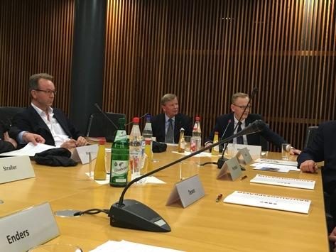 Interview mit dem Vorsitzenden des Sozial-und Gesundheitsausschusses des rheinland-pfälzischen Landkreistages Dr. Peter Enders zum Tabakwerbeverbot