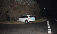 POL-NI: Verkehrsunfallflucht in Stolzenau, Pkw stark beschädigt