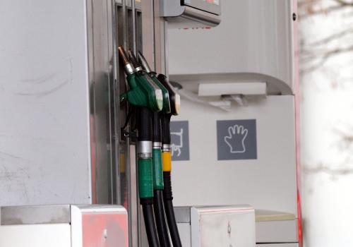 US-Sanktionen: Großraffinerie fürchtet Engpässe bei Benzinversorgung