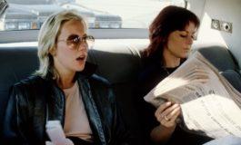 ABBA lesen einen Konzertverriss – und er fotografiert