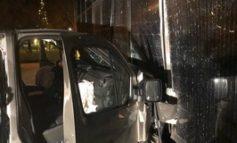 POL-HRO: Verdacht der Trunkenheitsfahrt: Transporter fährt ins Gebäude