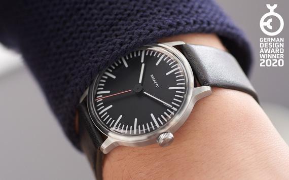Minimalistische Manufaktur-Armbanduhr Defakto Transit ausgezeichnet mit German Design Award 2020
