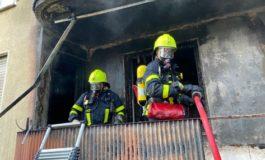 FW-F: Brand in einem Mehrfamilienhaus in Zeilsheim