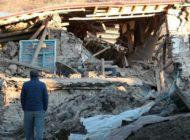 Zahl der Toten nach Erdbeben in Osttürkei steigt weiter