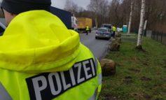 POL-STD: Polizei und Zoll kontrollieren LKW auf der Bundesstraße 73 - diverse Mängel festgestellt
