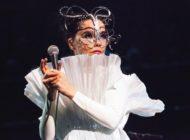 """Björk spielt am 9. Juli 2020 im Rahmen ihrer """"Björk Orchestral Tour"""" ein Konzert mit dem Rundfunk-Sinfonieorchester Berlin (RSB) in der Waldbühne"""