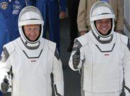 Astronauten sind bereit – und witzeln herum