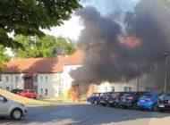FW-EN: Zwei Einsätze am Abend: Verkehrsunfall mit mehreren PKW und Brand eines Elektrofahrzeugs