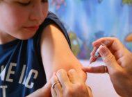 Krankenkassen zahlen nur, wenn ein Arzt die Zeckenimpfung macht