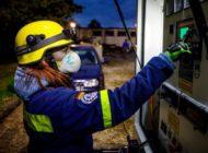 THW Bayern: Großbrand landwirtschaftliches Anwesen: das THW unterstützt die Löscharbeiten